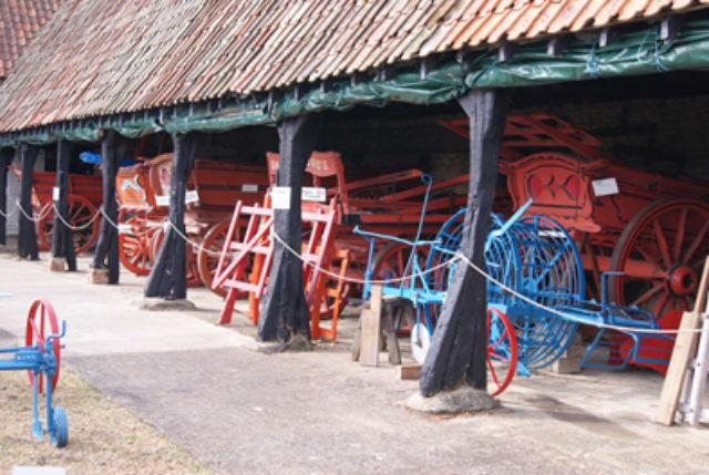 Carts / Machinery